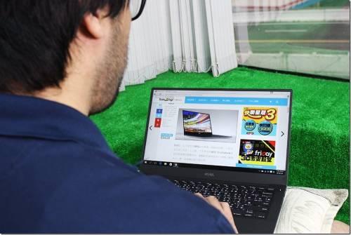 13 吋螢幕筆電只有 11吋大小?Dell XPS 13 讓出差旅行更具行動力