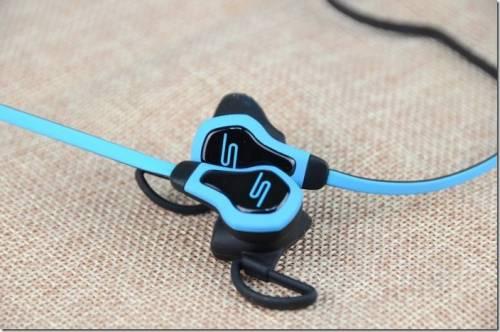 耳機也要Intel inside 心跳運動耳機 SMS Audio BioSport 開箱動手玩