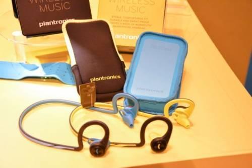 Plantronics推出最新兩款藍牙耳機- Voyager Edge與BackBeat Fit