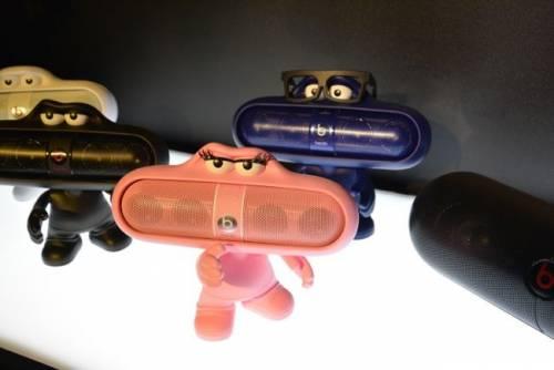 Beats 推出多款Pill 系列新色 並新增NFC音樂串聯合奏功能