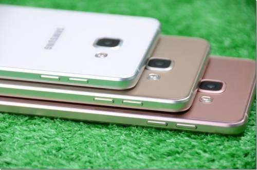 Samsung Galaxy A7 2016 現身 玻璃與金屬結合 延續時尚品味