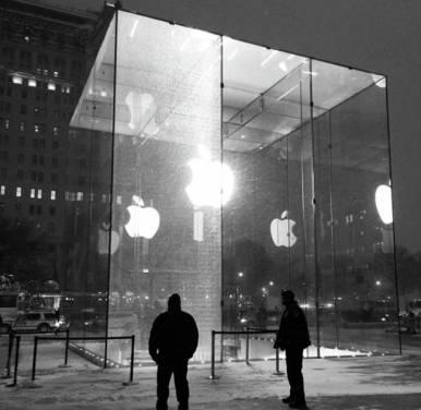 驚! Apple Store 的大玻璃 一片要價45萬美元