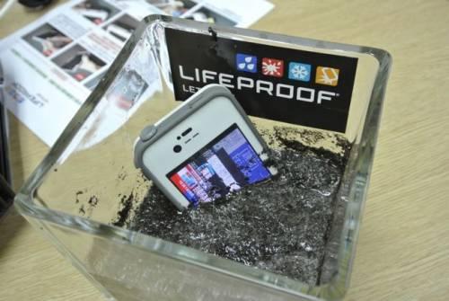 LifeProof 四防保護殼 愛好運動朋友的另一個好選擇
