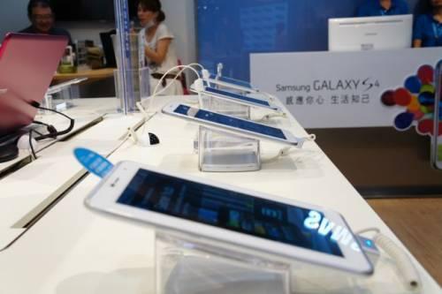 SAMSUNG 首間數位影像旗艦店 旗下商品任君體驗