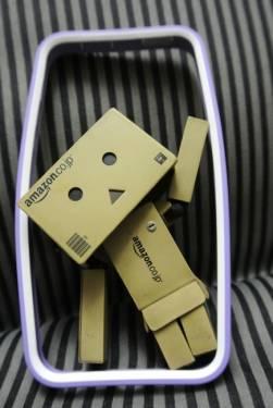 NavJack Trim系列保護框 為iPhone5 堅固保留設計原味