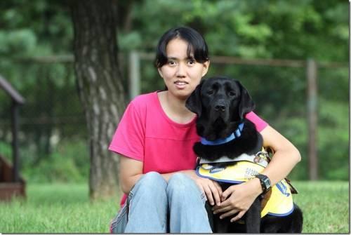 三星電子與台灣導盲犬協會三度攜手 跨海配對成功 天使之眼為視障者開創光明路
