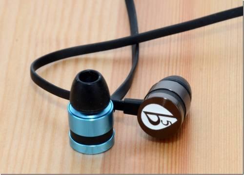 古河電工攜手 fFlat5 跨入耳機領域 三款耳機用聲音打造高 CP 值