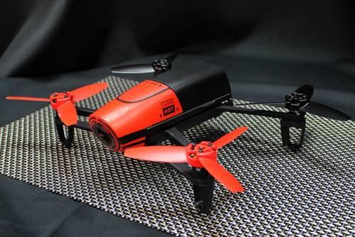 遙控四軸直升機再升級 Parrot Bebop Drone具1400萬像素鏡頭