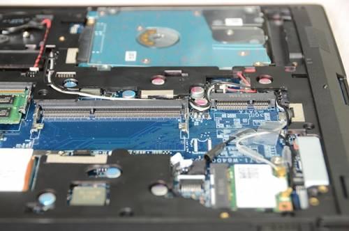 集質感 效能與輕便於一身的CJSCOPE客製化筆電 ZQ-240