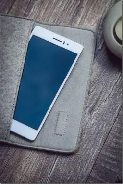 OPPO 新機即將登台 極薄強悍R5 自動旋鏡N3 建立手機新思維