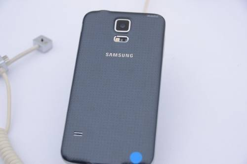 Samsung Galaxy S5登台動手玩 4月11日開賣
