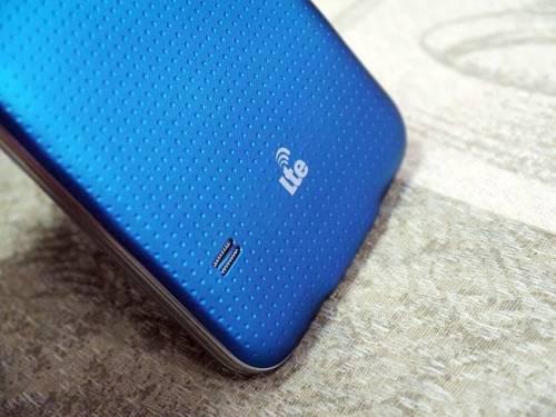 Samsung GALAXY S5 4G LTE Gear Fit 開箱