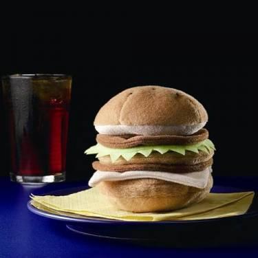 漢堡用來擦東西?採用clarino®可清潔LCD的日產漢堡