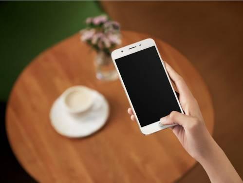[觀點]雙螢幕的魅力 LG V10 與 Samsung Note edge 比一比