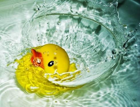 [熱水器小教室] 數位恆溫可教小朋友自己洗澡?
