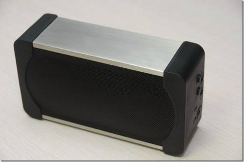 Module Audio魔族音響 Minibar 令人難以置信的美聲藍牙小型揚聲器