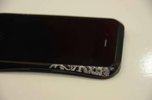 超流線金屬iPhone外殼 DRACO IV保護力與美觀兼具