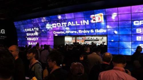 LG 展場最有看頭的3D劇院 CES2012實況報導