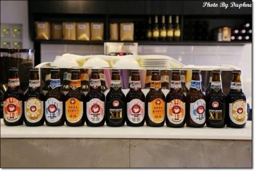 捷運忠孝敦化站美食 Triple A Burger Taipei 來自首爾弘大的手工韓式漢堡 炸雞