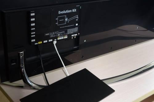 Samsung F8000頂級Smart TV 畫質 聲控 體感全方位革新