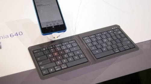 極輕薄!微軟推出可折疊式藍牙鍵盤
