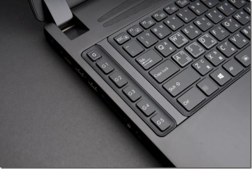 技嘉P37全球最輕薄17吋GTX 980M筆電 2015 CES亮相