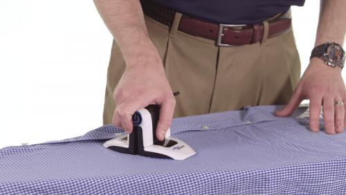 小巧又更靈活的攜帶式熨斗 小衣角皺了也能燙平