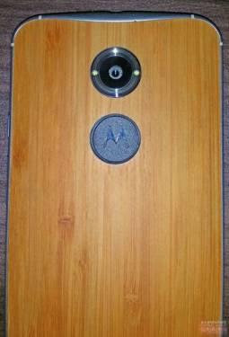 Motorola Moto X+1 實機照曝光!為木質背板?