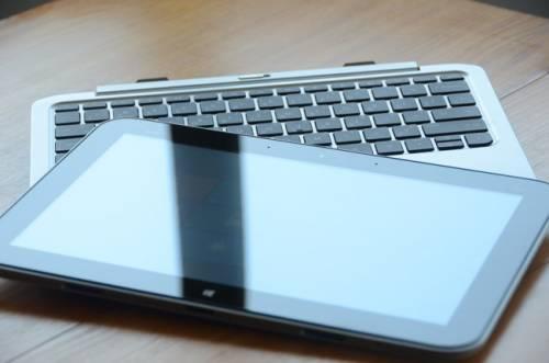 HP Envy X2雙用筆電 金屬美型 行動力超強