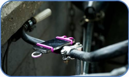 這雙貼心的手 可以幫忙抓牢心愛的手機