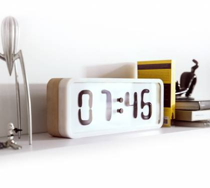 Rhei 液體時鐘 數字的律動告訴你現在幾點