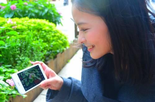 純白Padfone 2的美麗合體 清新美少女實際體驗報告