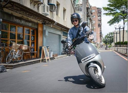 Gogoro宣布總里程數突破千萬大關 五月底前購車獲得1 200 公里免費里程