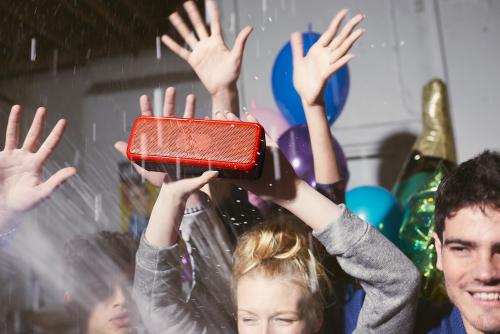 Sony推出SRS-XB2 SRS-XB3超重低音藍牙喇叭 強勁音場全天候放送