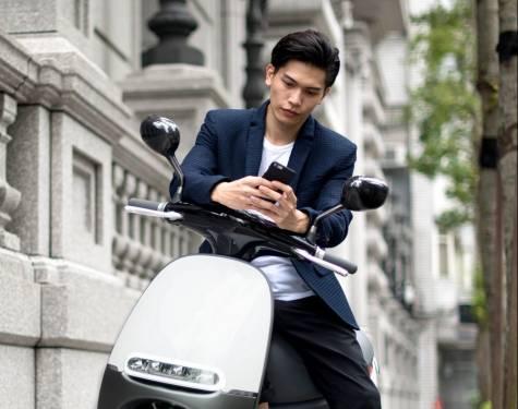 遠傳新用戶可獲得 Gogoro 購車折扣兩萬元 4萬3千就可將 Gogoro 騎回家